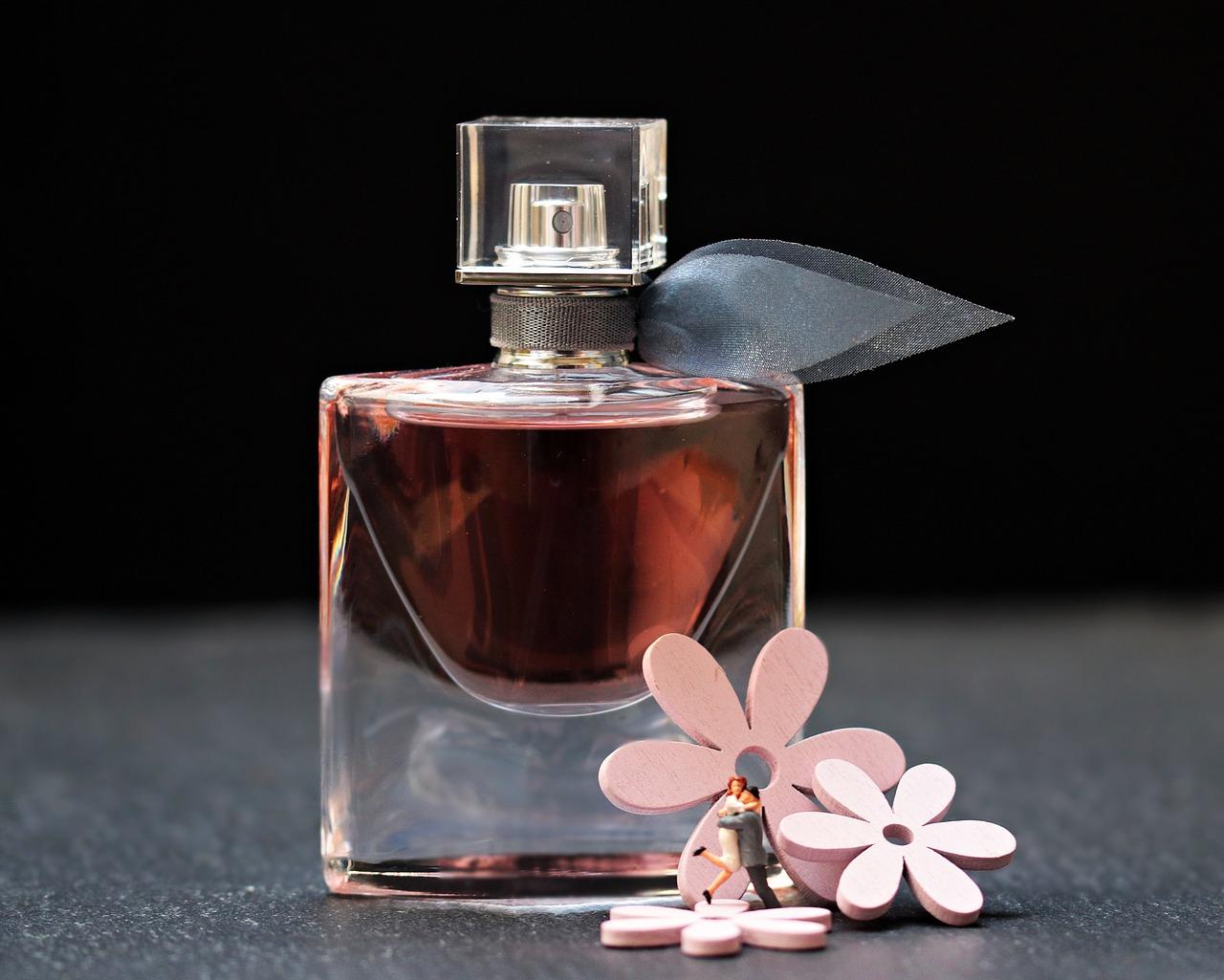 perfume-2142824_1280